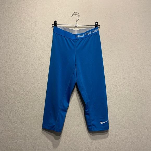 Nike Pants - Nike Pro Combat Compression Core Capri Leggings